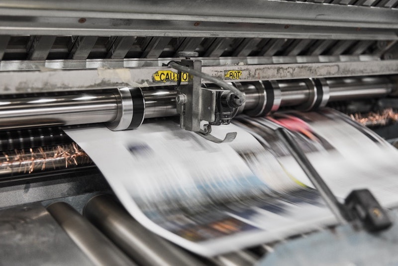 Create and print your own company newspaper - Happiedays